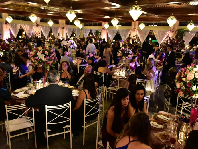 AEA/SJCampos celebra Jubileu de Diamante com Jantar de Confraternização