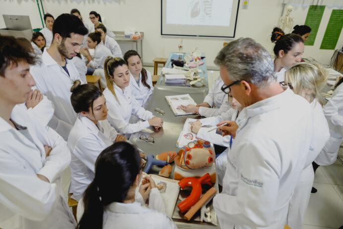 Curso de Medicina está com inscrições abertas em São José